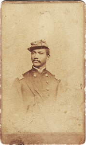 Photgraph of an African American man in an officer's uniform.